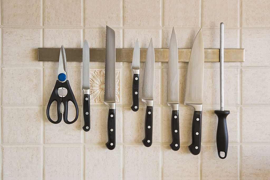 Why a Knife wear Food Scoop is an Indispensable Kitchen Item